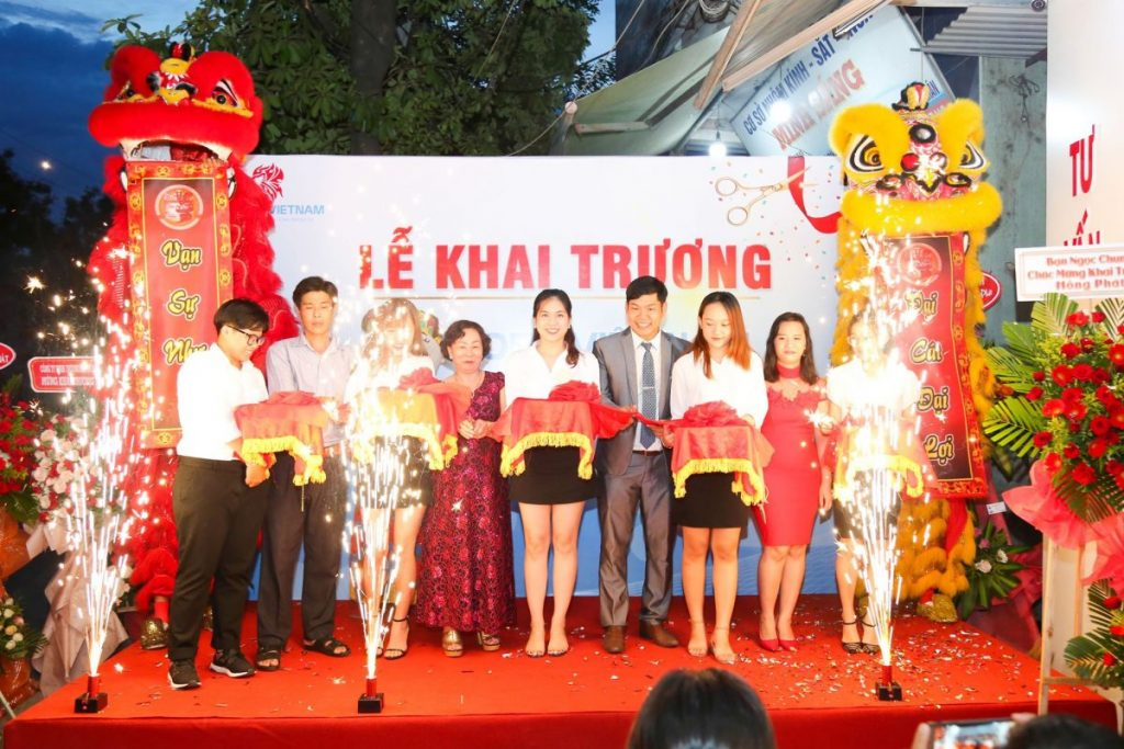 TO CHUC KHAI TRUONG DA NANG
