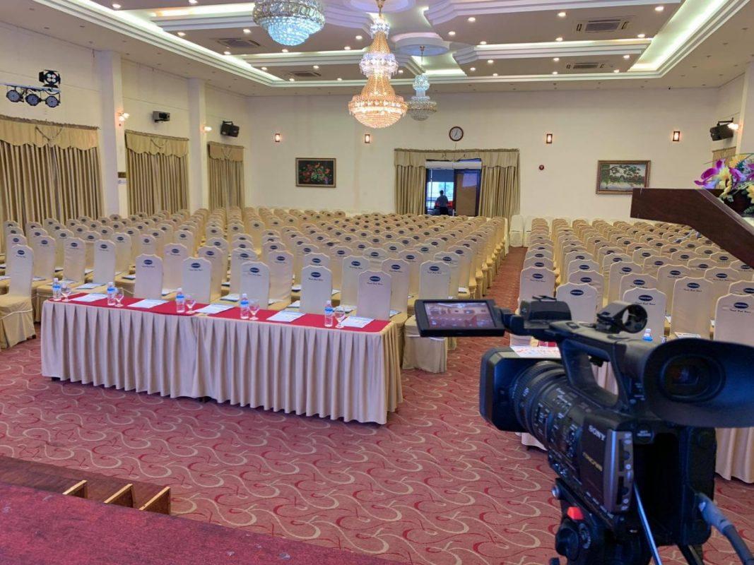 Quay phim họp trực tuyến Đà Nẵng 2021